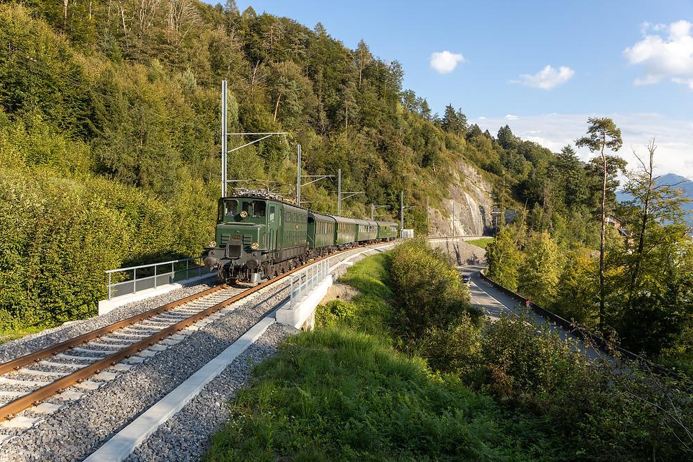 Zwischen Walchwil und Zug Oberwil konnte die Lok nochmals bildlich festgehalten werden.