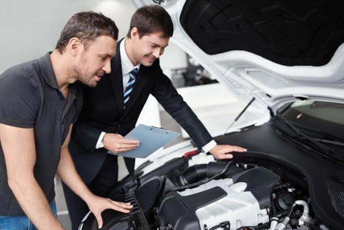 Não tenha receio e nem vergonha de checar cada detalhe do carro que será negociado