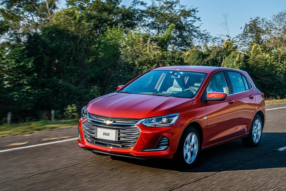 Carro mais vendido do Brasil ganha nova geração, opção de entrada vira com motor 1.0 aspirado com 3 cilindros