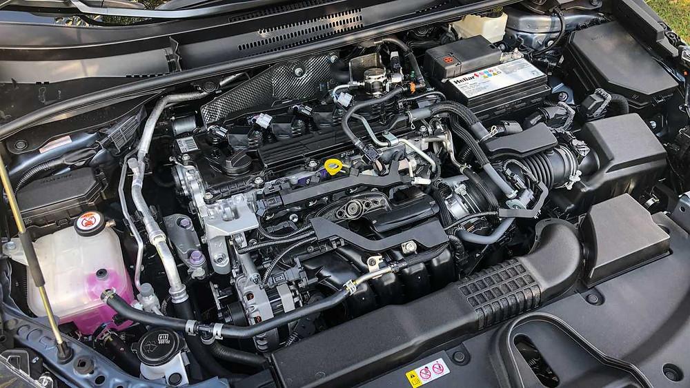 Novo de verdade é o motor 2.0 (Dynamic Force) das demais versões, vindo do Lexus UX 250h.