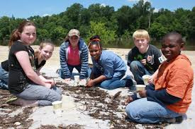 Can Outdoor Learning Boost Academic Performance?