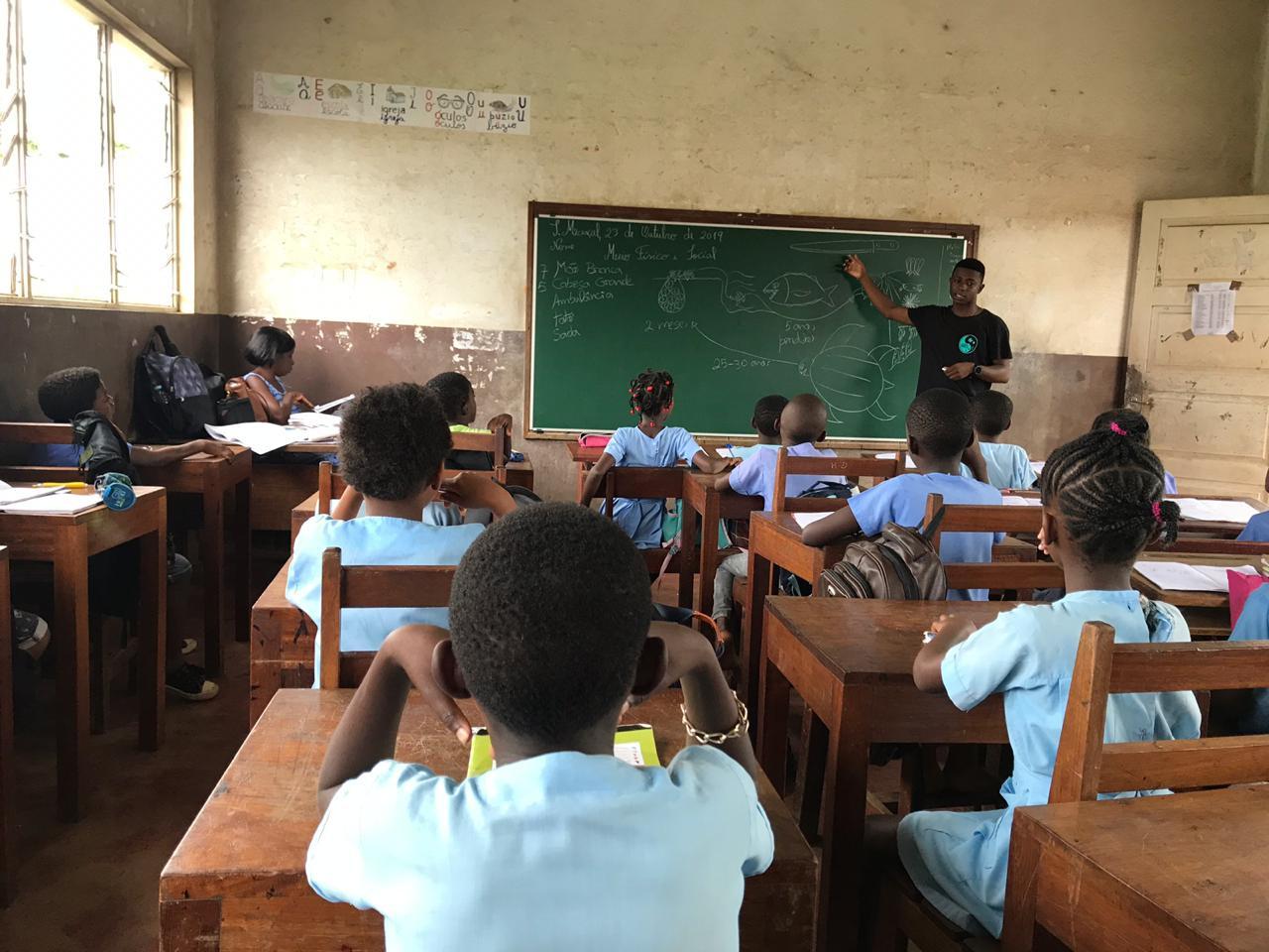 Atividade de sensibilização em escola. © Antunes Pina