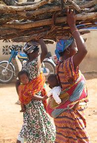 Women carrying firewood.jpg