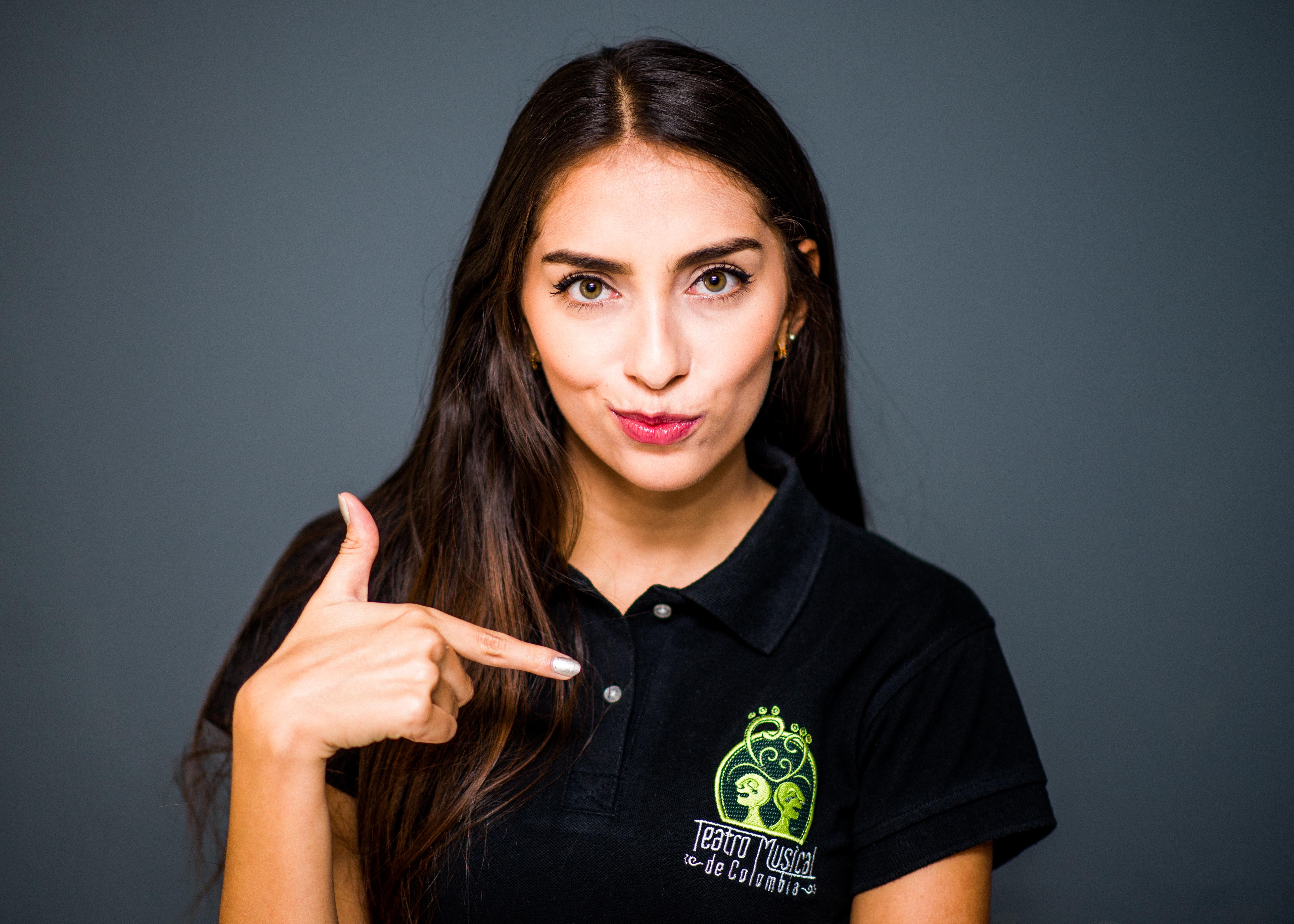 Verónica Agudelo - Actriz y Cantante