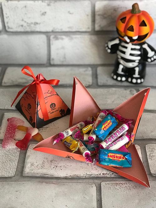 Halloween pyramid