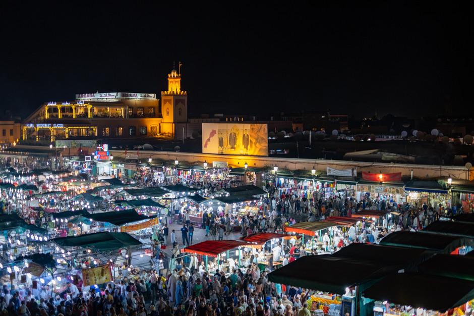 Jama El f'na Market by night
