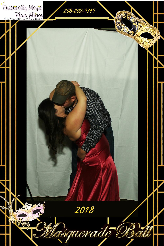 Fun dip kiss pose at photo booth or photo mirror