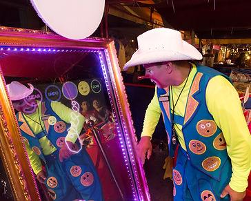 clown choosing emoticon