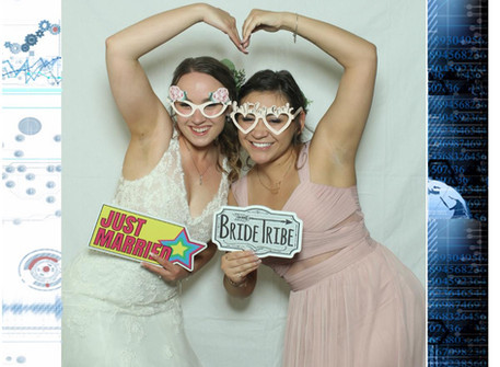 Try some of these fun photo booth poses at your next event!