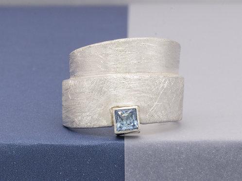 040204 Ring