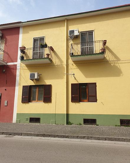 Appartamento via Santa Maria La Carità