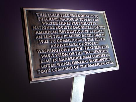 Sulgrave Manor plaque
