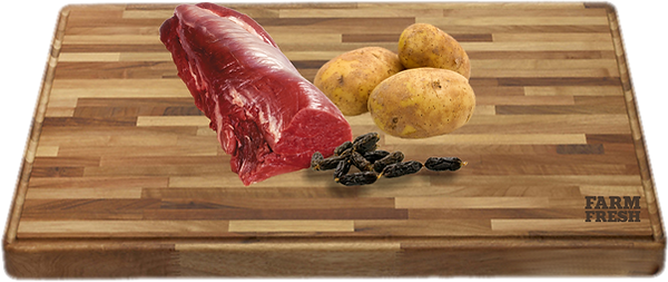 90% pštrosí maso a produkty živočišného původu (20% maso ze zvaloviny, 70% z různých částí - plíce, játra, maso ze svaloviny), zelenina a zeleninové produkty, minerálny, oleje a tuky