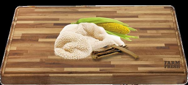 82% hovězí maso a hovězí vedlejší produkty (min. 30% dršťky), kukuřičná mouka a vedlejší produkty z kukuřice, vitamíny a minerály, aditiva cee