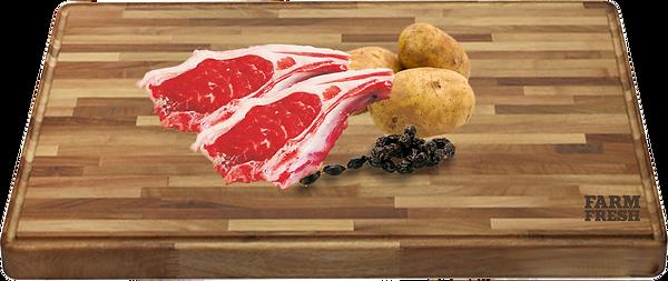 90% jehněčí maso a produkty živočišného původu (20% maso ze svaloviny, 70% z různých částí - plíce, játra, maso ze svaloviny), zelenina a zeleninové produkty, minerály, oleje a tuky
