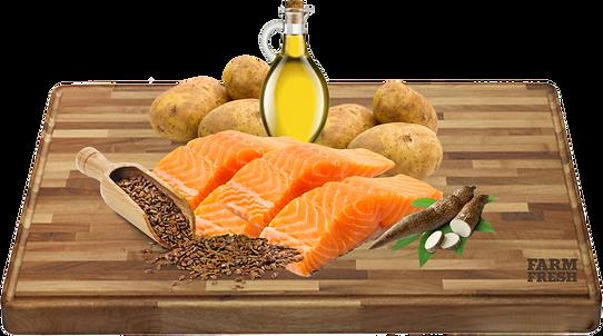 25% čerstvý losos, 25% brambory, dehydrovaný losos, kuřecí tuk, tapioka, bramborová bílkovina, droždí, cukrovarské řepné řízky, lněné semínko, hydrolyzovaná živočišná bílkovina, minerály, karob, produkty ze zpracování ovoce obsahujícího Bioflavonoidy (Citrus Spp) 0,1%, Mannan-oligosacharidy 0,1%, Inulin z čekanky – zdroj FOS 0,1%, juka 0,01%.