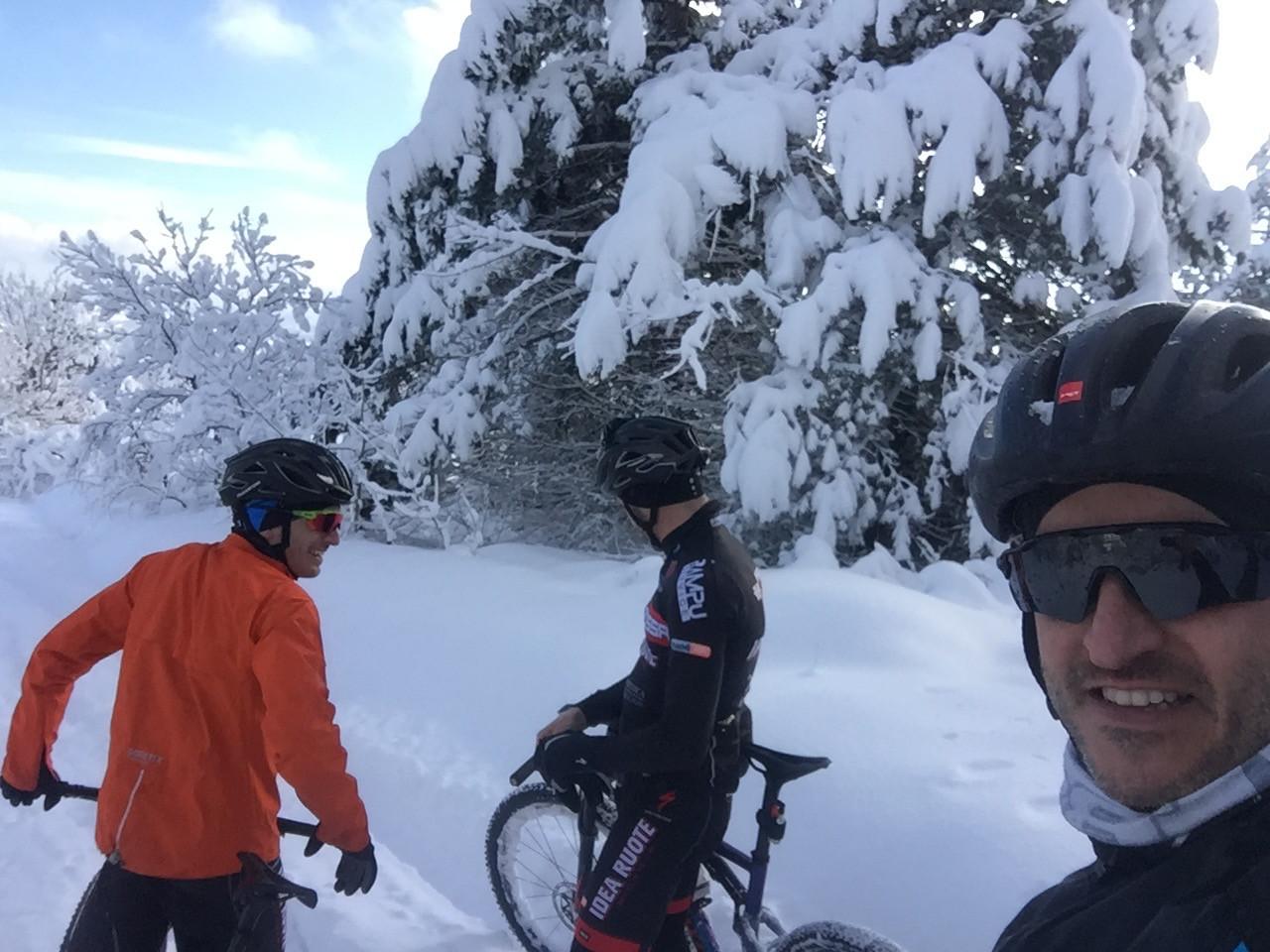 montecolombo mtb tour sulla neve.jpg