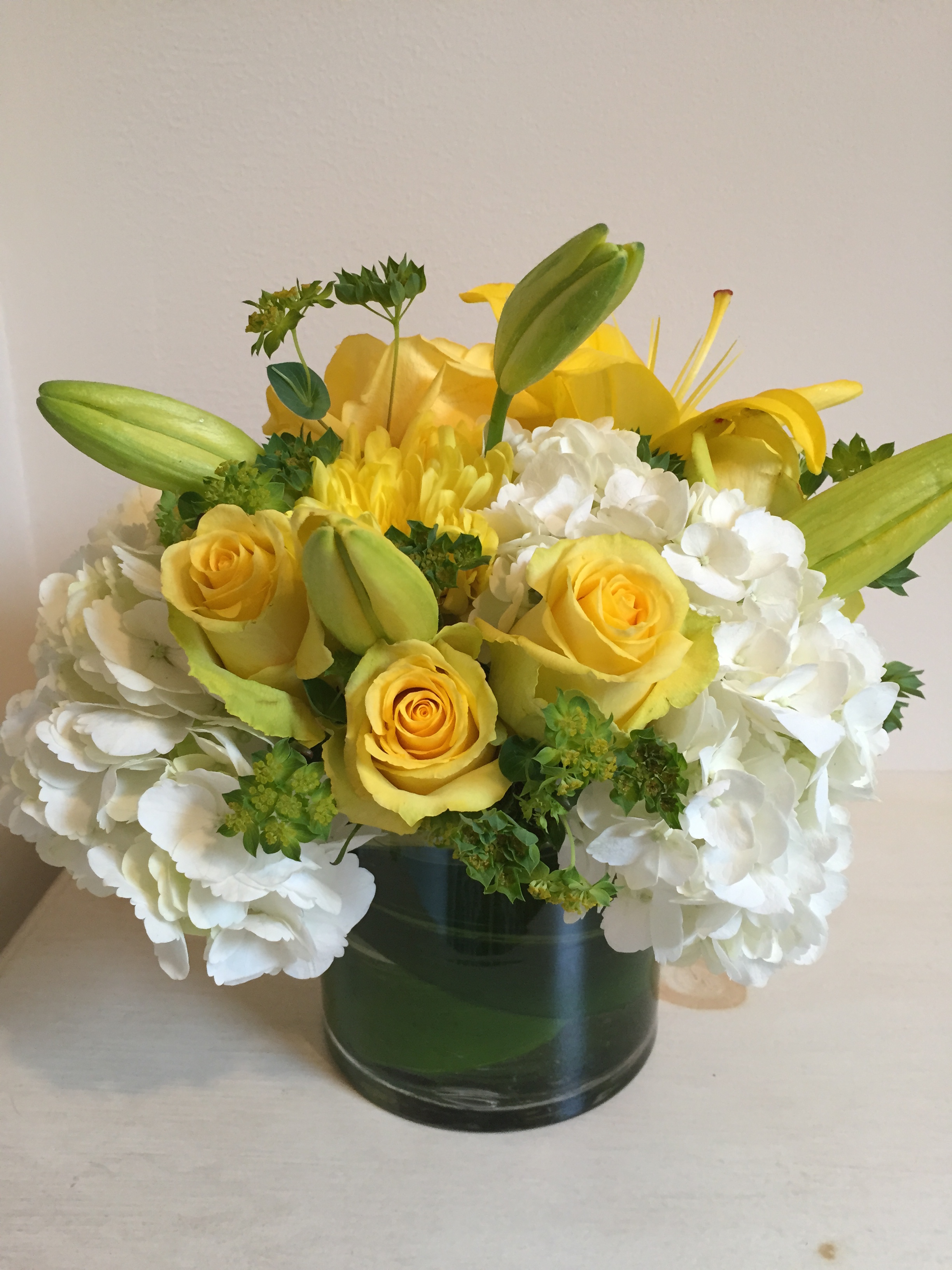 """Yellow and White 5"""" Cylinder"""