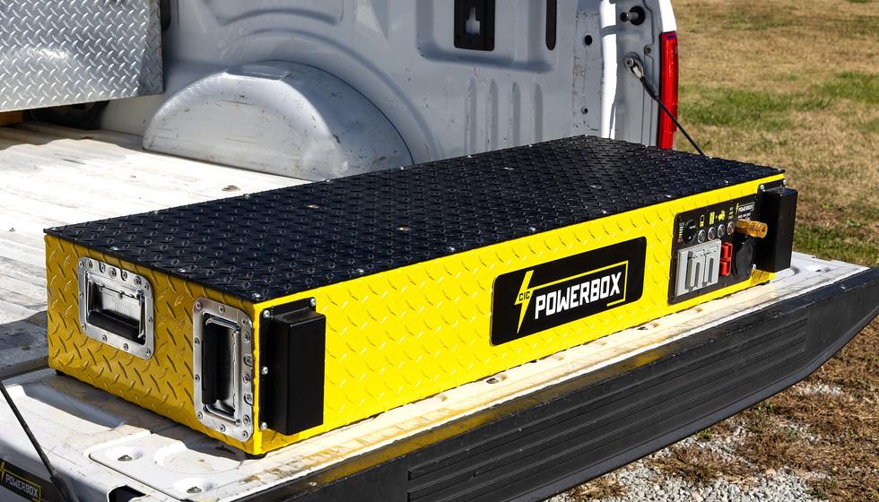 Contractor's POWERCASE Portable Power Generator