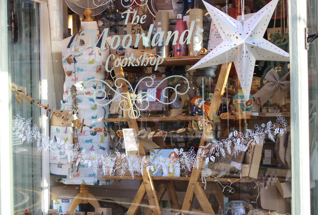 Moorlands Cookshop garland