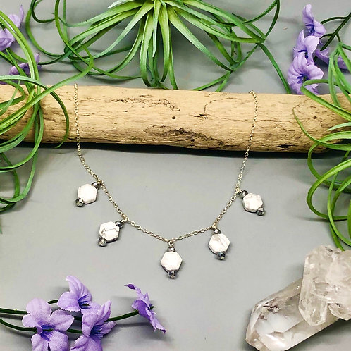 Howlite Drops Necklace