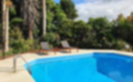 West Auckland Bed & Breakfast, swimming pool