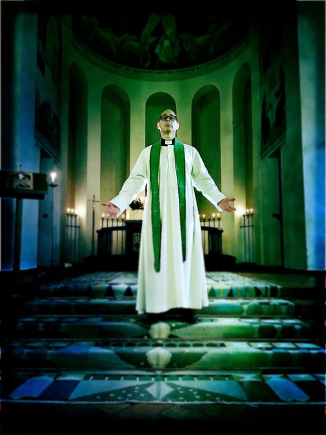 Andreas as priest for William Spetz trailer