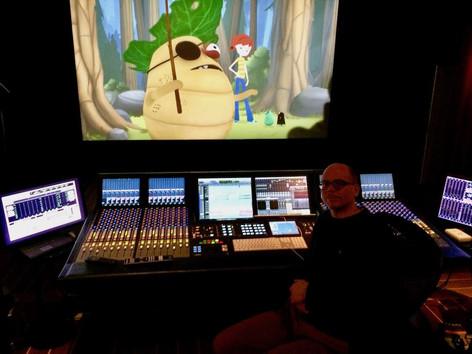 """Andreas mixing in 5.1 """"Lea och skogspiraterna"""" at Ljudbang"""