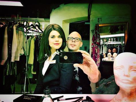 Emma Molin and Andreas Grill in the dressing room at Scalateatern
