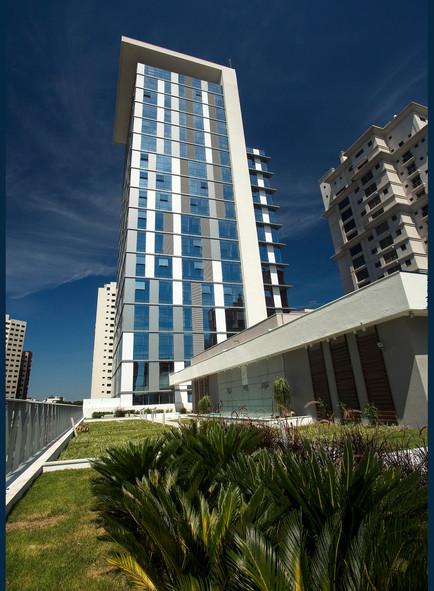 Case Iguaçu 2820 - Torre Corporate