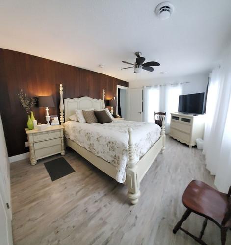 Georgian Bay Queen Room