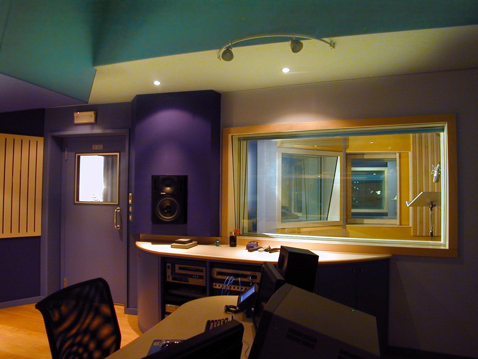 23HB Studio 3