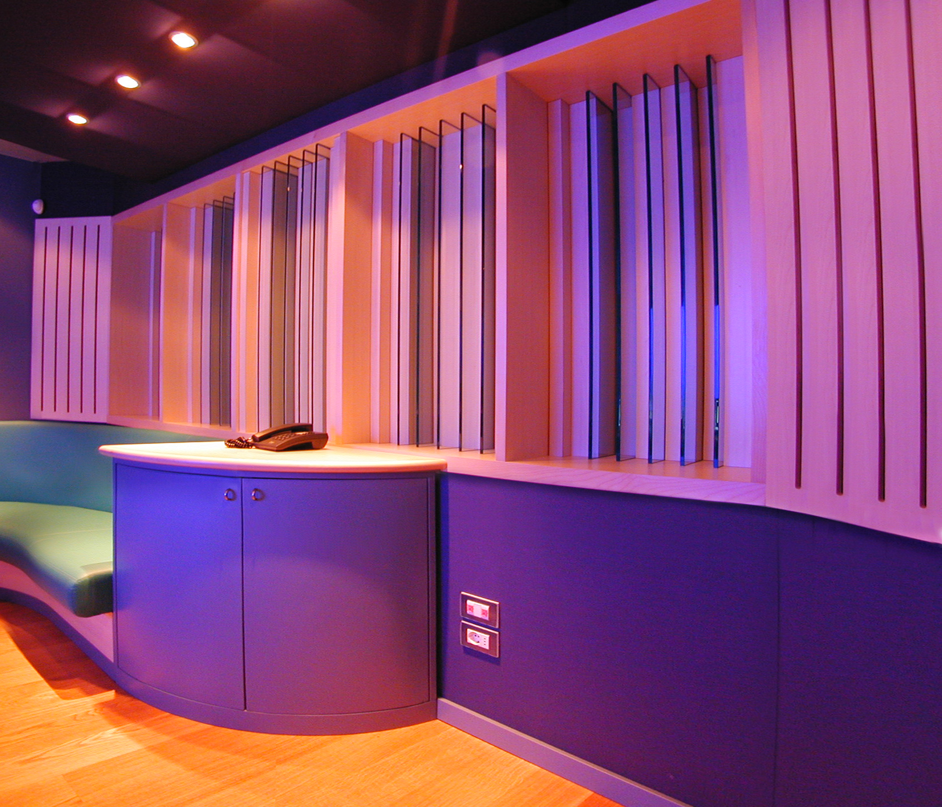 23HB Studio 3 Rear