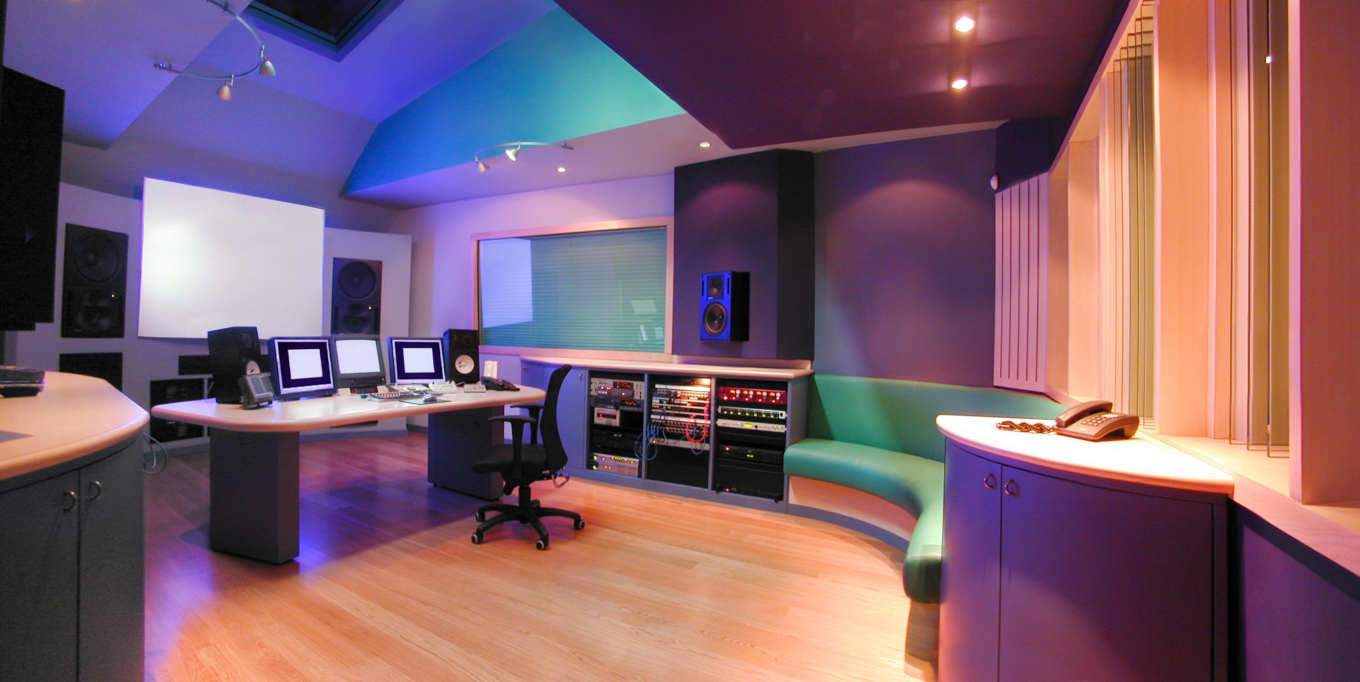 23HB Studio 3 Main