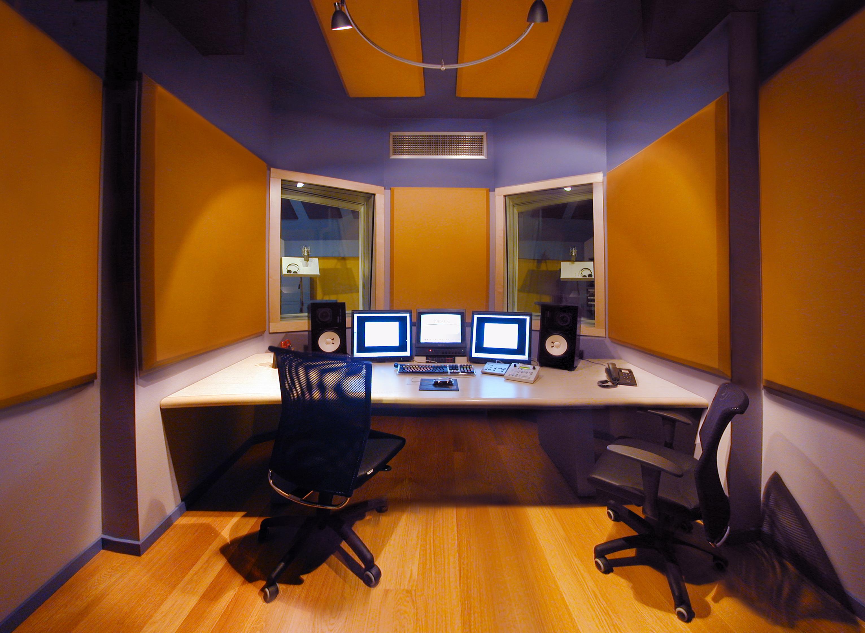 23HB Studio 2