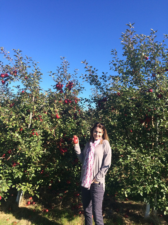 DRA Hotshots stops at Emma Krumbee's Apple Orchard on the return trip from South Dakota