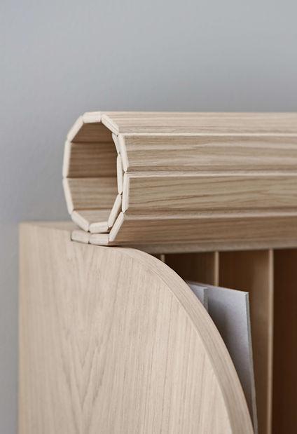 Jalou-Bolia-Rolled-wooden-slats-oak-wood-detail.jpg