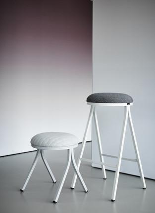 Palau Dotti stool @ Kinzo