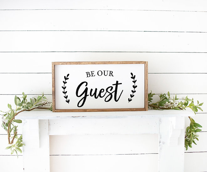 """Holzbild """"BE OUR GUEST"""""""
