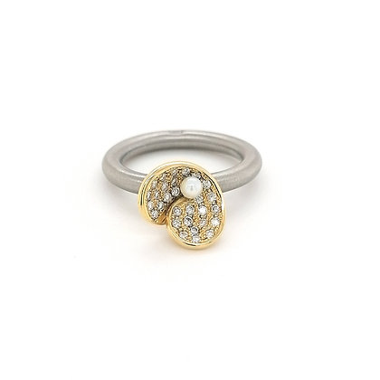 Pur Swivel ring met diamant en parel