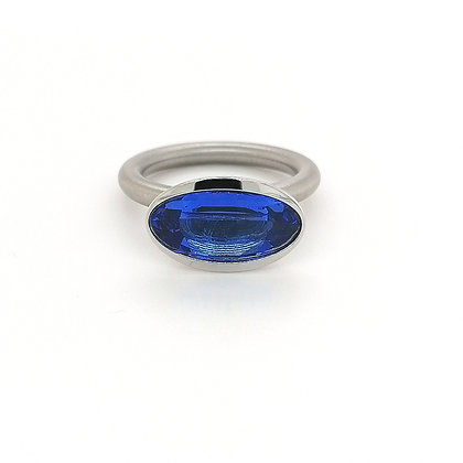 Pur Swivel Step met synth. spinel blauw