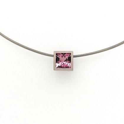 Nobilia hanger met roze toermalijn