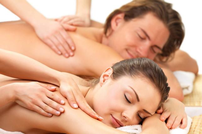 Chiedete un massaggio di coppia: una straordinaria e romantica emozione da vivere nella Wellness & Spa nel bosco del Relais Il Termine all' isola d' Elba, in Toscana.. Un' esperienza Romantica ed indimenticabile