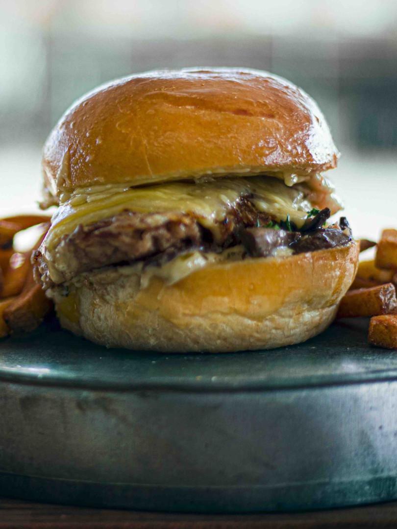 Chez Greg // Burger Maite