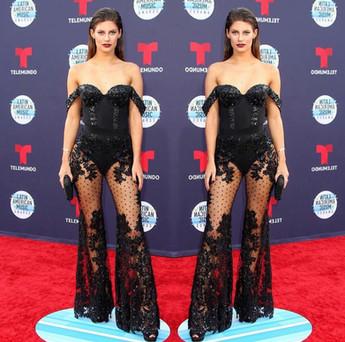 Hannah Stocking at the 2018 Latin American Music Awards