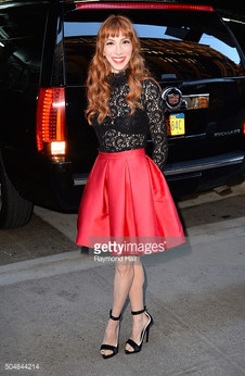 """Molly Bernard at the """"Younger"""" premiere wearing SKOW shoes"""