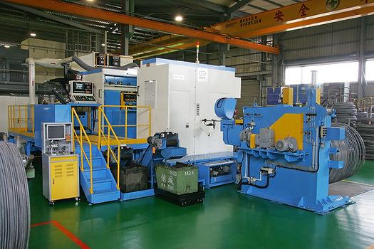 QTC Parts former machine