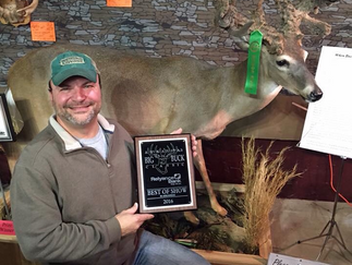 EVERETT WINS BIG AT HUNTING EXPO!