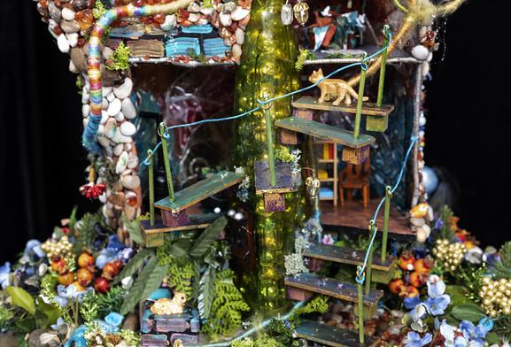 Gaia - Back - the Creative Sorcerer's House