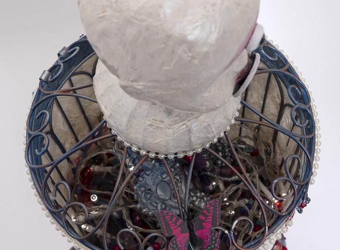 Veneer - Top Detail